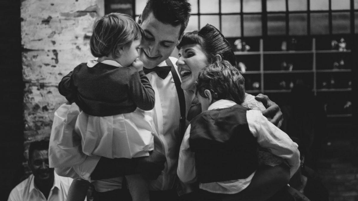 Bambini ai matrimoni: istruzioni per l'uso
